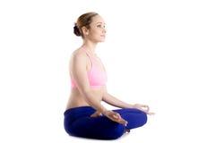 在半莲花asana的Meditaion 免版税库存图片
