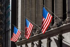 在华尔街的旗子 免版税图库摄影