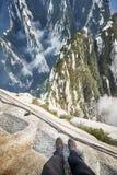 在华山山,世界最危险的足迹的板条步行 库存图片