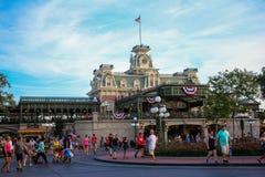 在华特・迪士尼世界的火车站 免版税库存图片