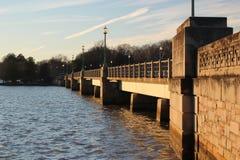 在华盛顿特区潮水坞的Kutz桥梁 库存图片