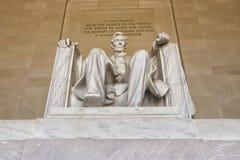 在华盛顿特区纪念品的亚伯拉罕・林肯雕象 库存图片