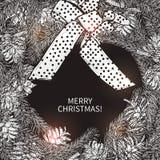 在单色样式的圣诞节花圈 免版税库存照片