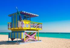 在南海滩,迈阿密海滩的救生员塔 库存照片
