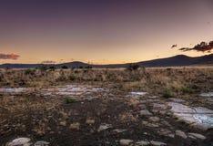 在南部非洲的干旱台地高原的日落 免版税图库摄影