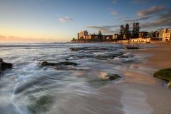 在南Cronulla海滩的日出在悉尼 库存照片