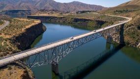 在博伊西河水库的高桥梁在夏天 免版税库存图片