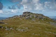 在博德明的粗砺的突岩停泊 免版税库存照片