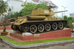 在博物馆的博览会的苏联坦克T-34-85第5军事化了区域 库存照片