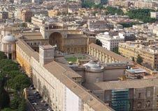 在博物馆的看法在梵蒂冈 免版税库存图片