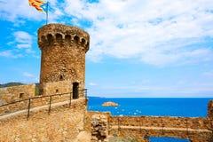 在卡塔龙尼亚的肋前缘Brava的托萨德马尔城堡 库存图片