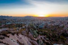 在卡帕多细亚的红色谷或日落点,安纳托利亚,土耳其 库存照片