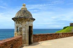 在卡斯蒂略圣费利佩del Morro,圣胡安的岗亭 库存图片