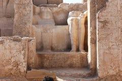 在卡纳克神庙寺庙的国王和女王/王后雕象古老古董 图库摄影