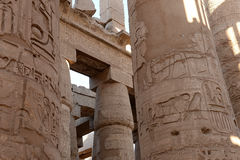 在卡纳克神庙的柱子在埃及 图库摄影