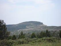 在卡西斯和拉西奥塔之间的土坎路的 库存照片