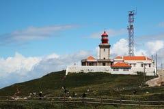 在卡巴Da Roca,葡萄牙的一座灯塔 免版税库存照片