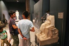 在卢克索博物馆-埃及的雕象 图库摄影
