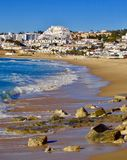 在卢斯,葡萄牙附近的海滩地区 图库摄影