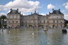 在卢森堡庭院里在巴黎 免版税库存照片