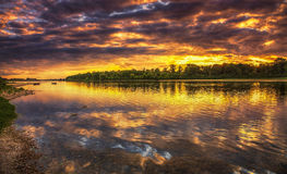在卢瓦尔河的日落在法国 库存图片
