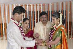 在印地安印度婚礼的Kanya大安区仪式 免版税图库摄影