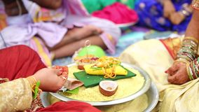在印地安婚姻的祷告 股票录像