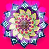 在印度样式的紫红色的向日葵,坛场不对称在明亮的颜色 黄色,fuchisa,紫色,蓝色,桃红色 中央花 免版税库存图片