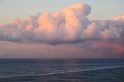 在印度洋的日落云彩 免版税图库摄影