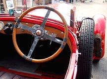 在历史的捷克汽车里面, Wikov 免版税库存图片