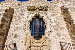在历史的老西部西班牙使命圣何塞的圆花窗,在1720年建立, 免版税库存照片