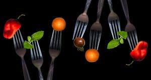 在叉子的菜 免版税库存图片