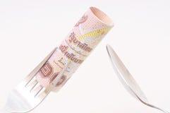 在叉子的1000泰铢票据 免版税库存图片
