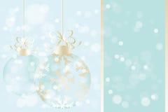 在发光的背景的圣诞节球 图库摄影