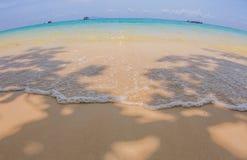 在发埃发埃海岛的小船旅行 免版税图库摄影