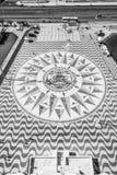 在发现的纪念碑的著名罗盘在里斯本贝拉母-里斯本/葡萄牙- 2017年6月14日 免版税库存照片