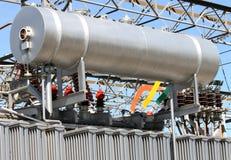 在变压器发电站的硕大油箱 库存图片