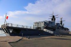 在口岸停泊的女王玛丽亚大型驱逐舰 库存图片