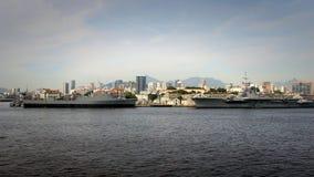在口岸的军舰 图库摄影