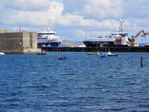 在口岸的大船 免版税库存照片