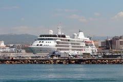 在口岸的巡航划线员 法国马赛 免版税库存照片