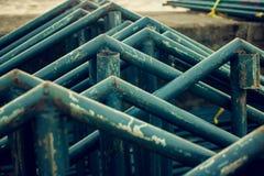 在口岸的被堆的钢 图库摄影