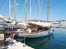 在口岸的风船 免版税图库摄影