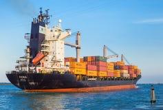 在口岸的货船,威尼斯,意大利 库存图片