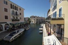 在口岸Grimaud,法国的运河 库存照片