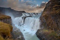 在古佛斯瀑布的日出 免版税库存图片