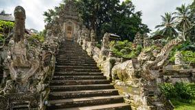 在古庙的楼梯 免版税图库摄影