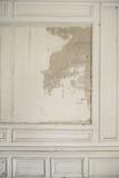 在古老内部的Waisted墙壁 免版税库存照片