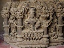 在古老Chand Baori步的古老被雕刻的石头很好在Abhaneri,拉贾斯坦状态,印度村庄  免版税库存照片