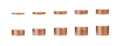 在古铜色硬币和堆1到10行的生长金钱图表c 免版税库存照片
